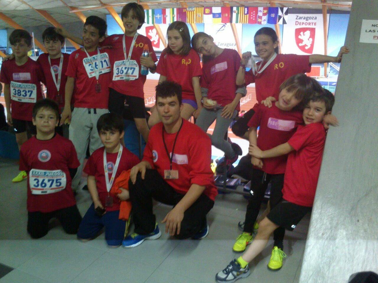 equipo de atletismo en palacio de los deportes